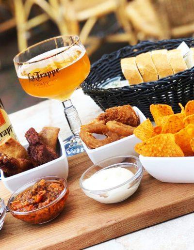 Eetcafé de Potdeksel in Deurne
